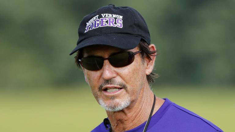 Mount Vernon had to know this was coming when it hired Art Briles as football coach