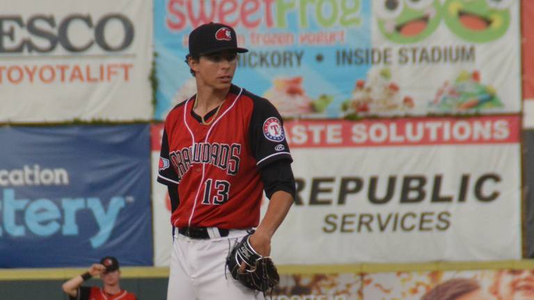 How meat on his bones, mustard on his fastball made Vanasco a top 10 Rangers prospect